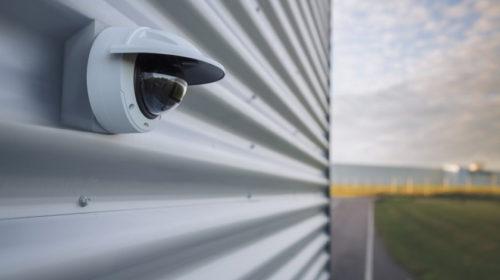 Nové kopulovité IP kamery Axis nabízejí ultimátní obraz i AI analytiku s hlubokým učením