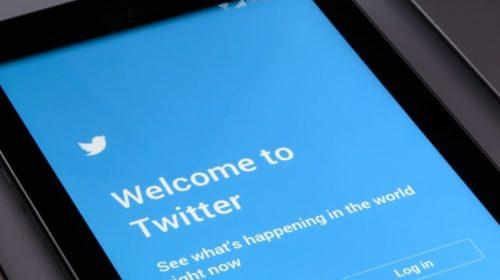 Twitter pozastavil tweetování přes SMS