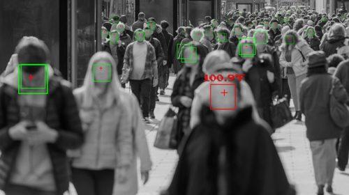 Microsoft se připojil k zákazu prodeje techniky rozpoznávání obličeje policii