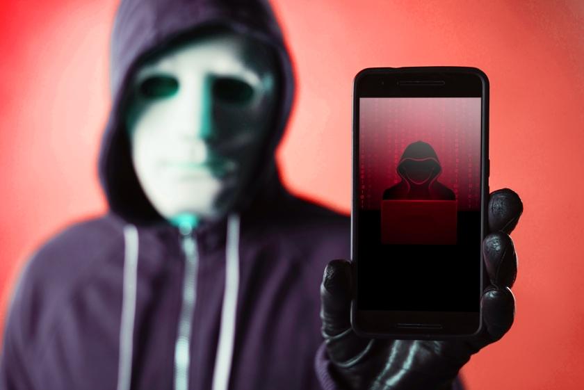 hacker smartphone ITSECNN